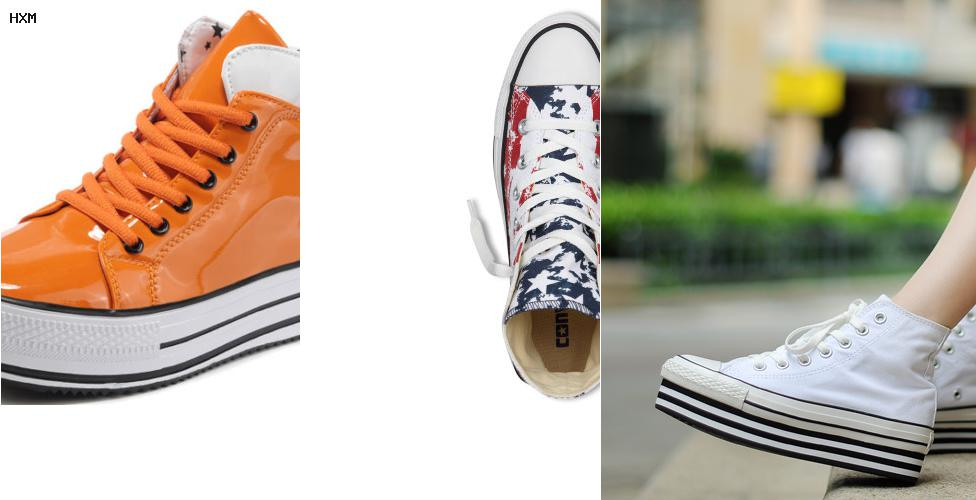 grijze converse sneakers as two fold